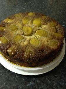 Upside down fresh figs bottom up cake