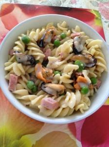 mussels pasta in mushroom soup.jpg