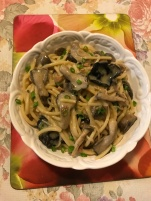 Mushrooms bucatini in creamy mushrooms sauce.JPG
