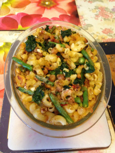 Macaroni with Mexican fiesta beans baked.jpg